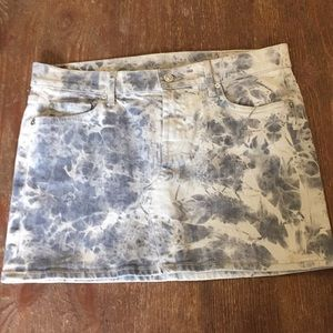 7 for all mankind skirt size 28